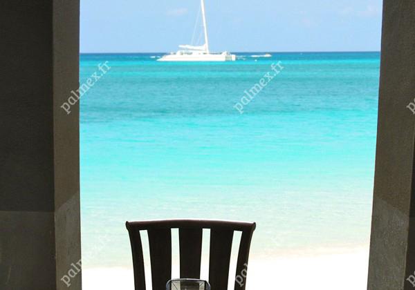 parasol paillote Ile Grenadines
