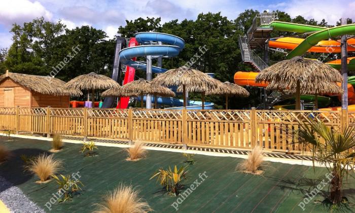 parasol exotique en feuille de palmier Cobac parc